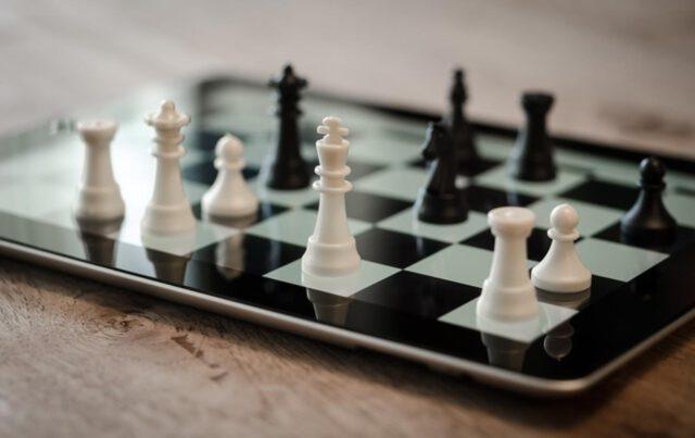 Gry mobilne – z czym to się je?