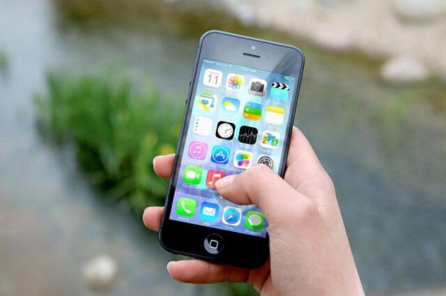 Smartphone jako idealny prezent dla nastolatków
