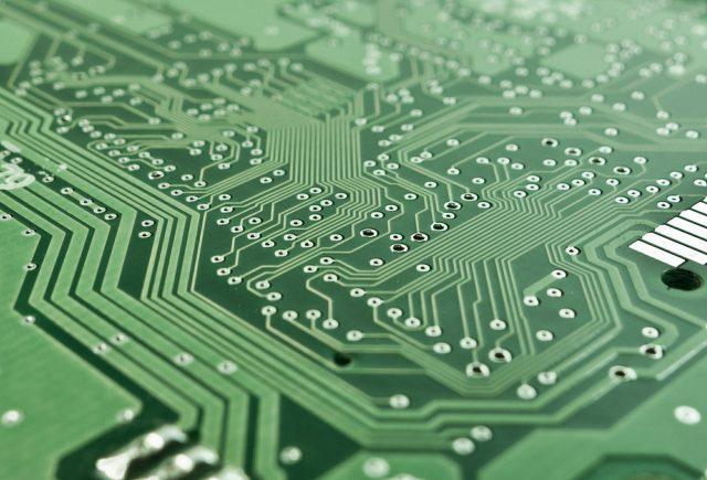 Co jest ważniejsze – karta graficzna czy procesor?